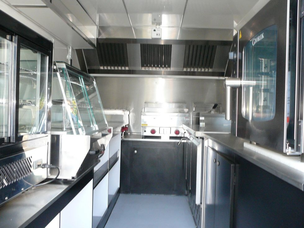 Cr ation camion magasin food truck neuf creation de for Remorque cuisine mobile