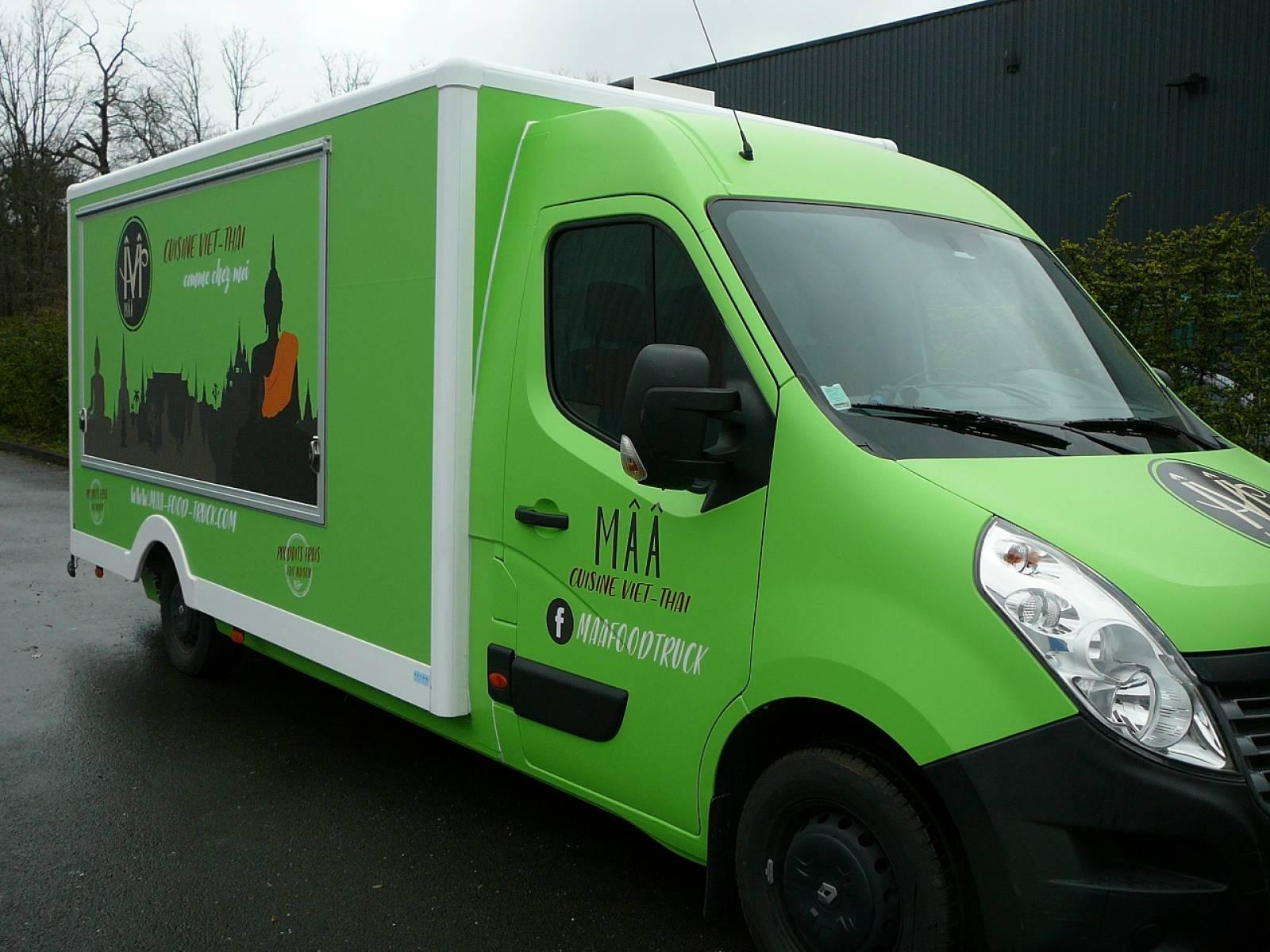 camion magasin food truck bordeaux creation de camion magasin et foodtruck sur mesure. Black Bedroom Furniture Sets. Home Design Ideas