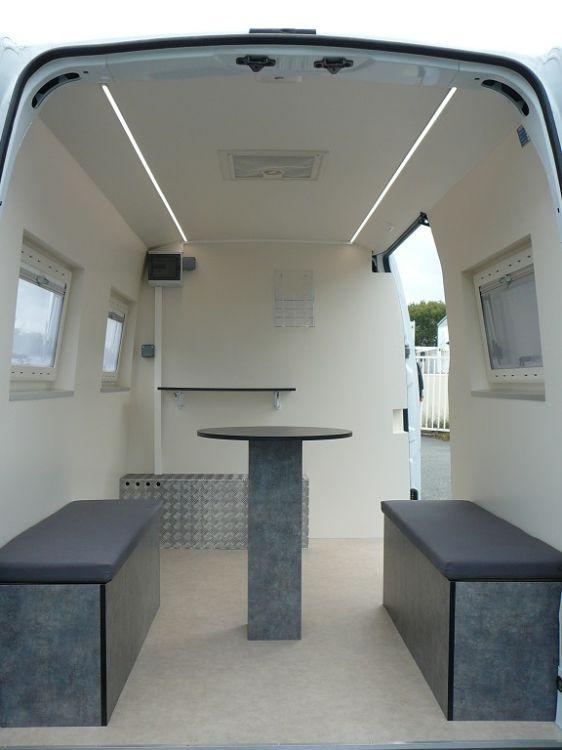 Am nagement fourgon pose caf creation de camion magasin - Camion amenage pour cuisine ...