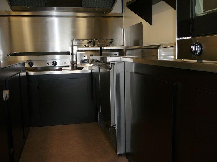 gamme de v hicules am nag s en camion restaurant sur arcachon socori. Black Bedroom Furniture Sets. Home Design Ideas