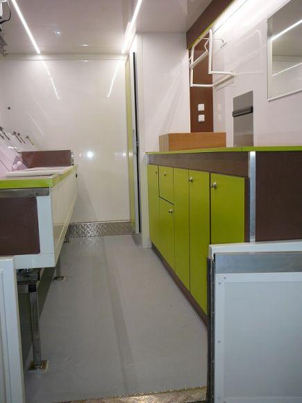 am nagement de cuisine sur mesure pour foodtruck bordeaux socori. Black Bedroom Furniture Sets. Home Design Ideas